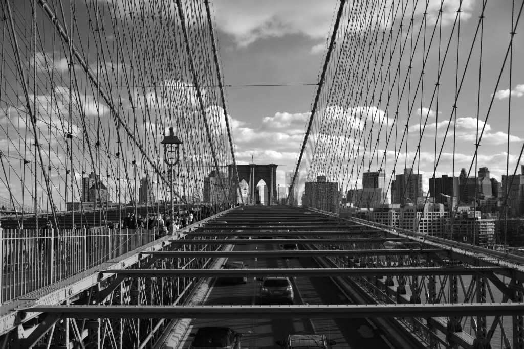 Brooklyn Bridge in New York City. Picture made by Mehdi Guenin.